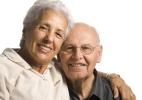Pai e mãe podem sempre ser dependentes no Imposto de Renda? - Shutterstock