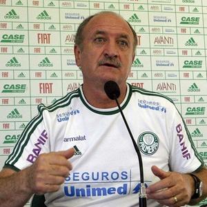 Luiz Felipe Scolari começou a ter atritos com a imprensa após o clássico diante do Corinthians