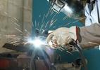 RJ tem maior salário médio na indústria, de R$ 3.426; PB, o menor: R$ 1.338