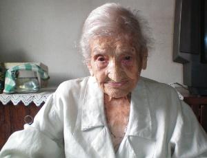 Apontada como a mulher mais velha do mundo, Vó Quita é flamenguista ...