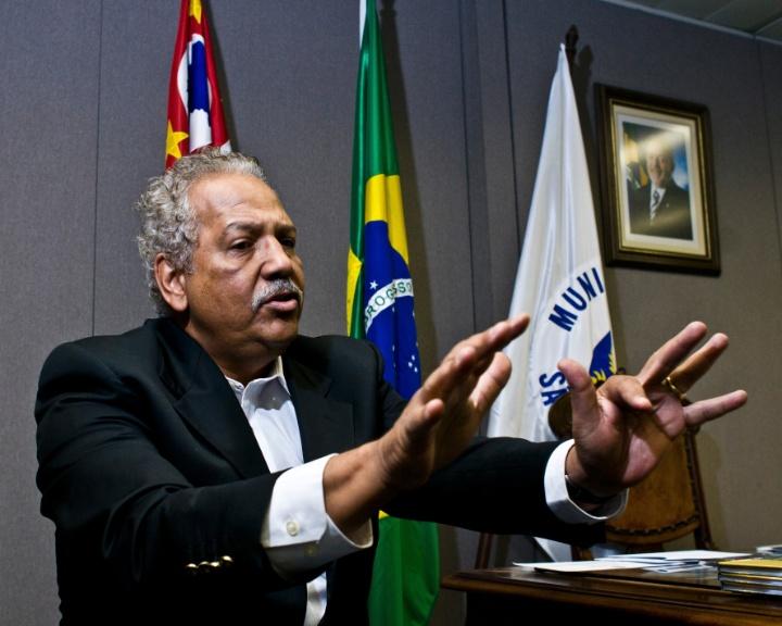 mídia indoor, TV, wap, celular, prefeito, Campinas, dr. Hélio, Hélio de Oliveira Santos