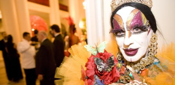 Isabelita dos Patins em baile de Carnaval no Rio (fev/2010)