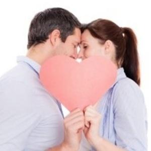 O estudo mostra que os homens escolhem geralmente os rostos com os quais eles compartilham traços