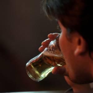 Bebida altera DNA e pode causar câncer, mostra pesquisa