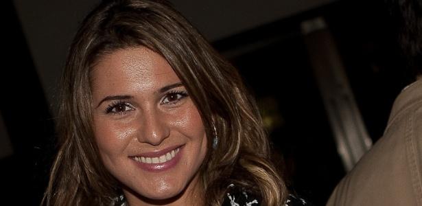 Modelo Livia Andrade na festa de lançamento da novela Amor e Revolução, do SBT