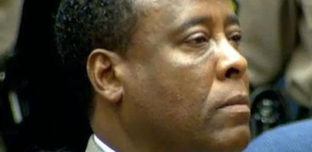 Conrad Murray foi condenado por homicídio culposo, sem intenção de matar (07/11/11)