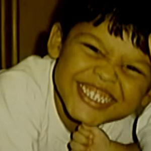 João Roberto estava no carro com a mãe e com o irmão. Eles foram alvejados por dois PMs, que confundiram o veículo com um que havia fugido