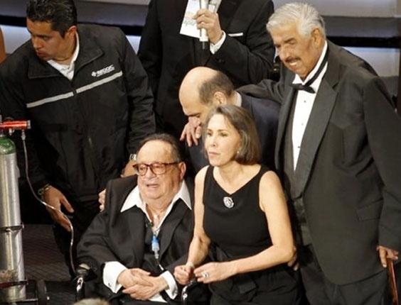 Roberto Bolaños, o eterno 'Chaves, recebe tributo no México