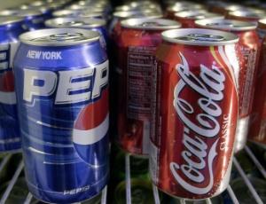 Coca e Pepsi mudam fórmula para evitar aviso