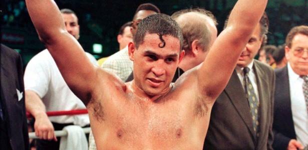 "Boxeador Hector ""Macho"" Camacho, de Porto Rico, em foto de 1997"
