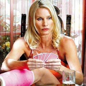 A atriz Nicollette Sheridan em cena do seriado Desperate Housewives