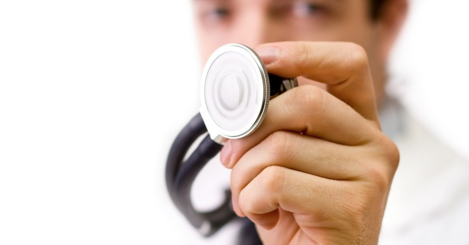 mídia indoor, ciência e saúde, coração, cardíaco, doença, estetoscópio, médico, medicina, plano de saúde, boa forma, saudável, cardiologista, infarte, cura, diagnóstico, emergência, exame, hospital, tratamento, pesquisa, ataque
