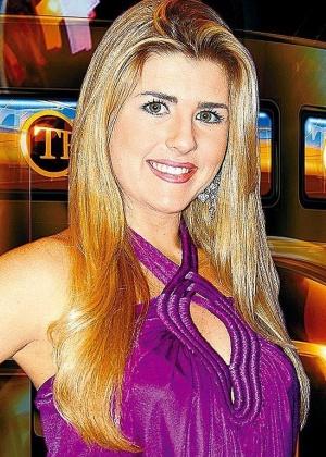 Íris Stefanelli, apresentadora da Rede TV!