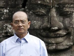 Thein Sein, primeiro-ministro de Mianmar, faz primeira eleição no país em 20 anos no dia 7 de novembro