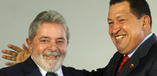 Lula e Chávez se encontram em Brasília durante visita oficial do presidente venezuelano