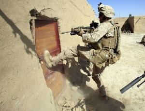 Número de mortes no Afeganistão perde para assassinatos em SP e no Rio em 2010