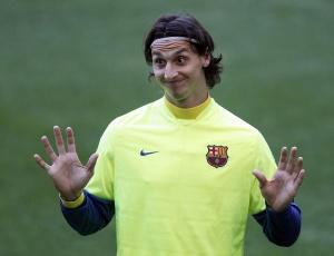 Ibrahimovic é uma das opções do Milan para aumentar o seu poder ofensivo na temporada