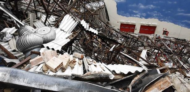 O templo da Igreja Renascer em Cristo desabou na zona sul de SP, em 2009, matando nove pessoas - Rivaldo Gomes/Folhapress - 21.jan.2009