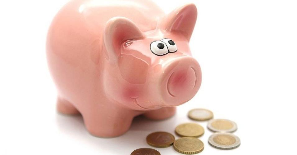 mídia indoor, dinheiro, economia, negócio, poupar, poupança, moeda, orçamento, custo, crédito, depósito, banco, finanças, financeiro, renda, investir, investimento, mercado, porco, porquinho, cofre, cofrinho, pagamento, salário