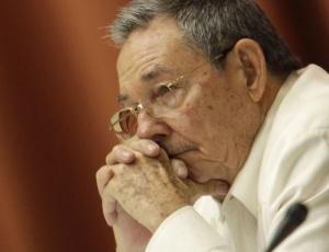 """Raúl Castro disse que jamais foi favorável a """"mudanças bruscas"""" optando """"raciocinar, convencer, educar e somar"""""""