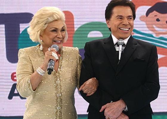 """Os apresentadores Hebe Camargo e Silvio Santos no """"Teleton"""" de 2010"""