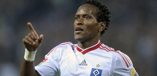Zé Roberto chega ao Grêmio após o fim de contrato com o Al Gharafa no mundo árabe