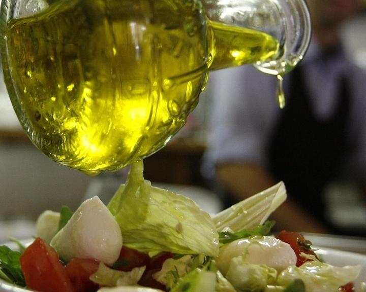 Mídia indoor; wap; celular; TV; azeite; tempero; salada; comida; culinária; gastronomia; prato; receita