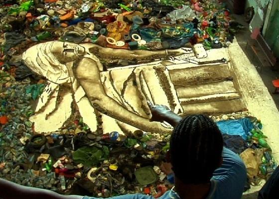 """Trecho do filme """"Lixo Extraordinário"""", inspirado nas obras de Vik Muniz - Divulgação"""
