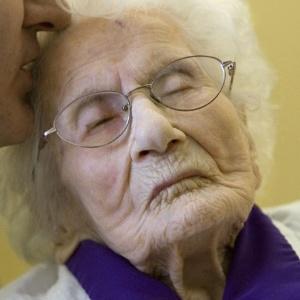 A mulher mais velha do mundo fazendo sexo [PUNIQRANDLINE-(au-dating-names.txt) 22