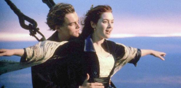 """Cena romântica de """"Titanic"""" com Leonardo DiCaprio como Jack e Kate Winslet como Rose"""