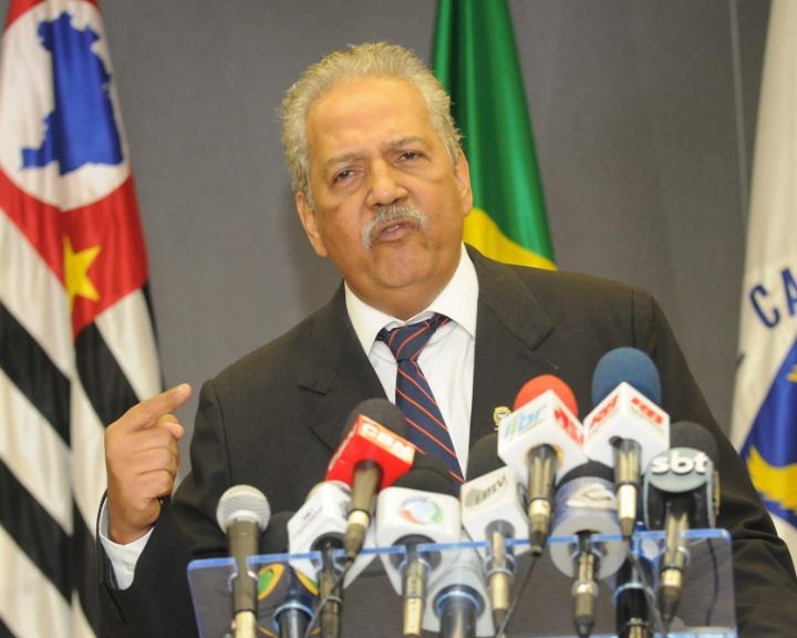 Mídia indoor, TV, wap, celular, prefeito, Campinas, dr. Hélio, Hélio de Oliveira Santos; político; PDT; acusado; fraudes; processo
