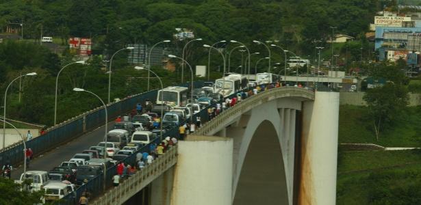 Ponte da Amizade, na divisa entre o Brasil e o Paraguai