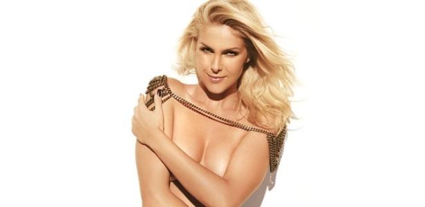 Apresentadora e modelo Ana Hickmann é capa da Boa Forma de julho