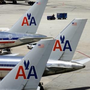 """De acordo com a assessoria de imprensa da American Airlines no Brasil, o voo 980 enfrentou turbulência """"forte e inesperada"""" durante a rota de Recife para Miami"""