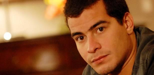 Thiago Martins era Vinícius em Insensato Coração