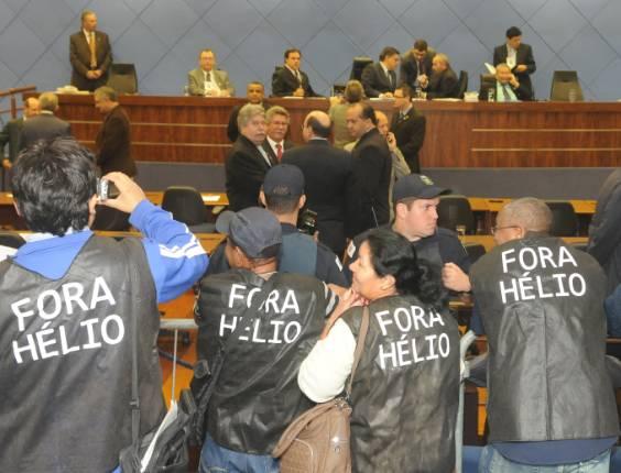Câmara de Campinas abre sessão de julgamento do pedido de impeachment do prefeito Hélio de Oliveira Santos (PDT)