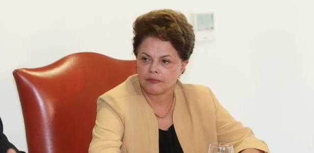 Presidente Dilma Rousseff recebe no Palácio do Planalto, o Partido Verde (PV) - Alan Marques/Folhapress