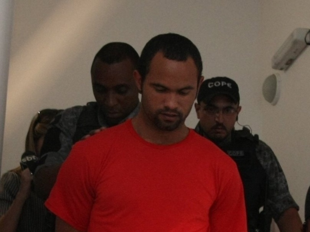 Ex-goleiro do Flamengo, Bruno Souza, deixa a penitenciária Nelson Hungria, em Contagem (MG), na qual está preso