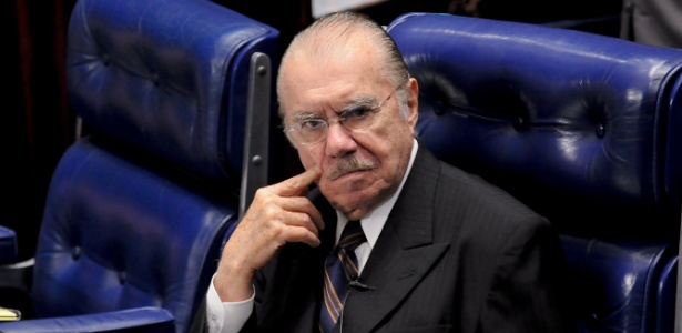 José Sarney se juntou à lista de autoridades indignadas com o secretário-geral da Fifa