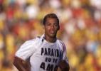 Marcelinho Paraíba é levado para a delegacia por dirigir sem habilitação