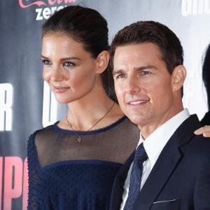 """Tom Cruise e Katie Holmes na pré-estreia de """"Missão: Impossível - Protocolo Fantasma"""", em 2011"""
