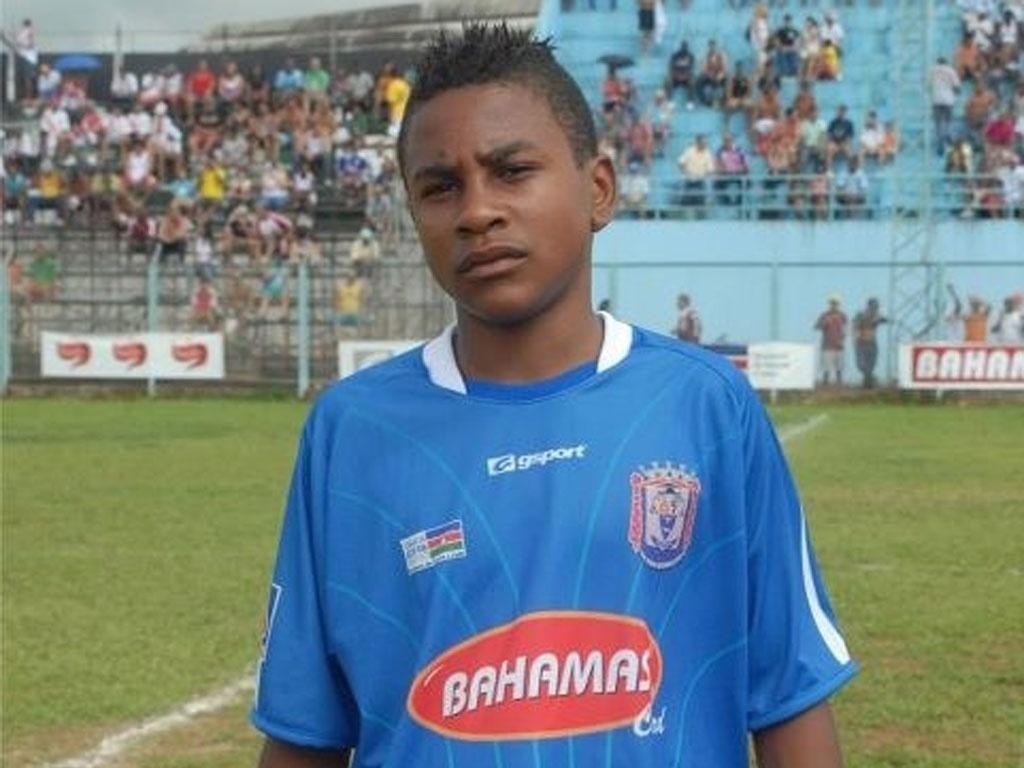 Imagem de arquivo de Wendel, jogador de 14 anos do Sub-15 do Vasco que morreu em campo durante treinamento no dia 09/02/2012