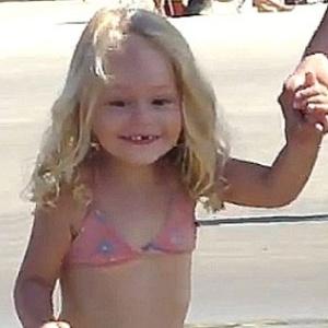 Grazielly Almeida Lames, 3 anos, morreu ao ser atingida na cabeça por um jet ski desgovernado