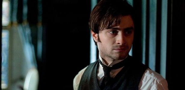 """Dirigido por James Watkins, """"A Mulher de Preto"""" tem o elenco Daniel Radcliffe"""