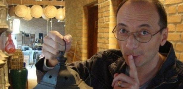 Britto Jr. divulga no Facebook foto de dentro de uma casa onde será gravado o reality show A Fazenda 5