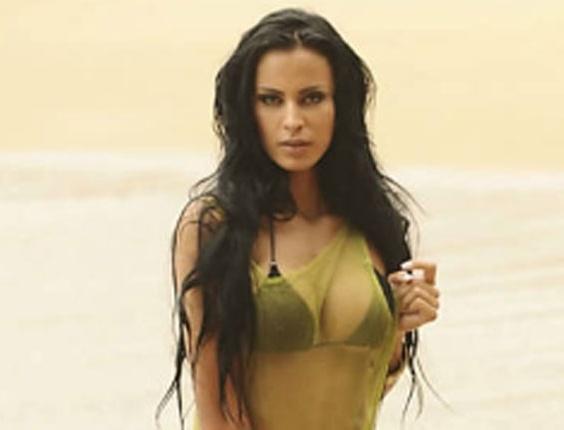 Lorena Bueri, candidata do Bragantino, leva o título da Gata do Paulistão 2012