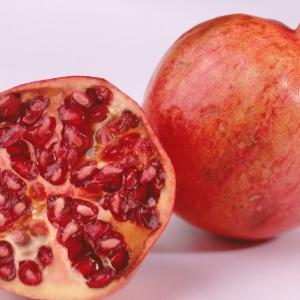 A casca da fruta tem alto poder antioxidante, o que combateria doenças degenerativas