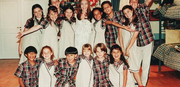 """Elenco infantil da novela """"Chiquititas"""", produção da TV argentina Telefe, exibida no S.B.T. [FSP-TV.Folha-07.12.97]"""