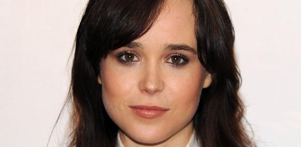 Atriz Ellen Page durante coletiva de imprensa do filme Para Roma, Com Amor
