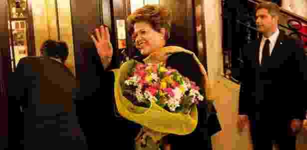 A presidente Dilma Rousseff chega ao hotel Excelsior, em Roma, para participar da primeira missa do papa Francisco - Lalo de Almeida/Folhapress